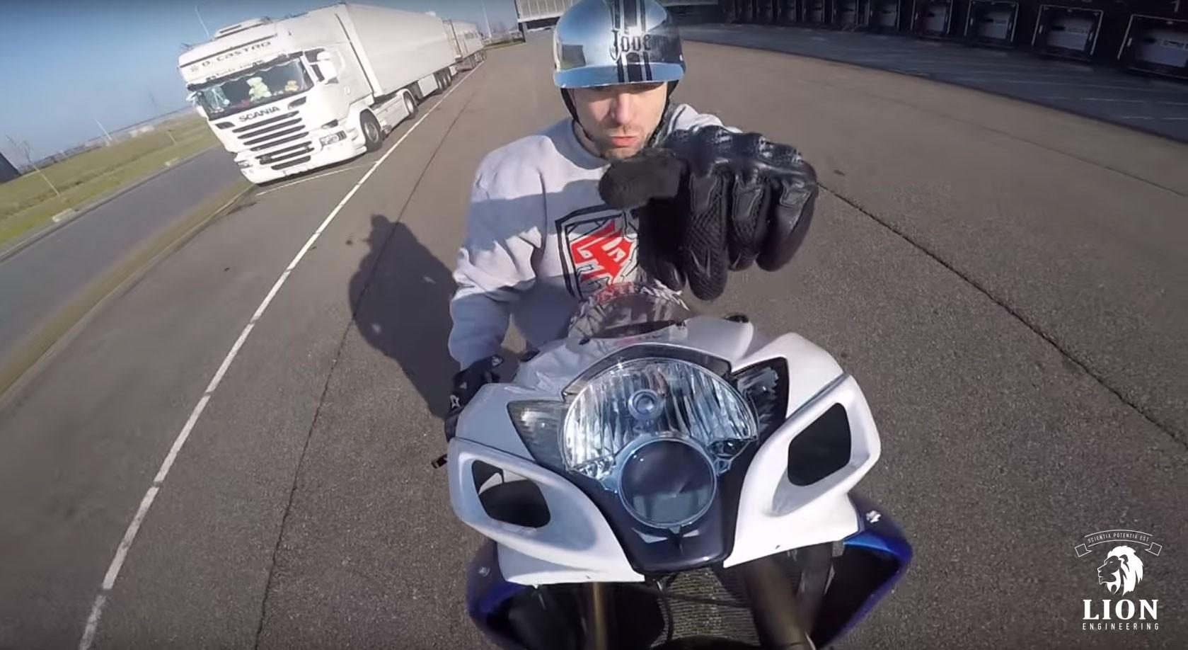 Da Liks Nederlandse stunt rijder