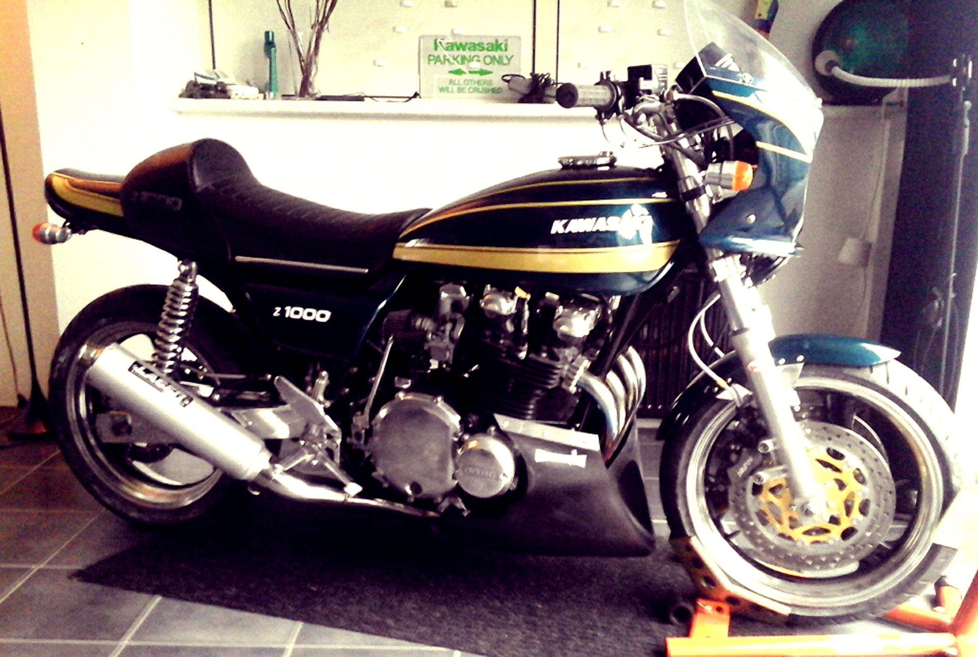 Frame and Kawasaki z1000