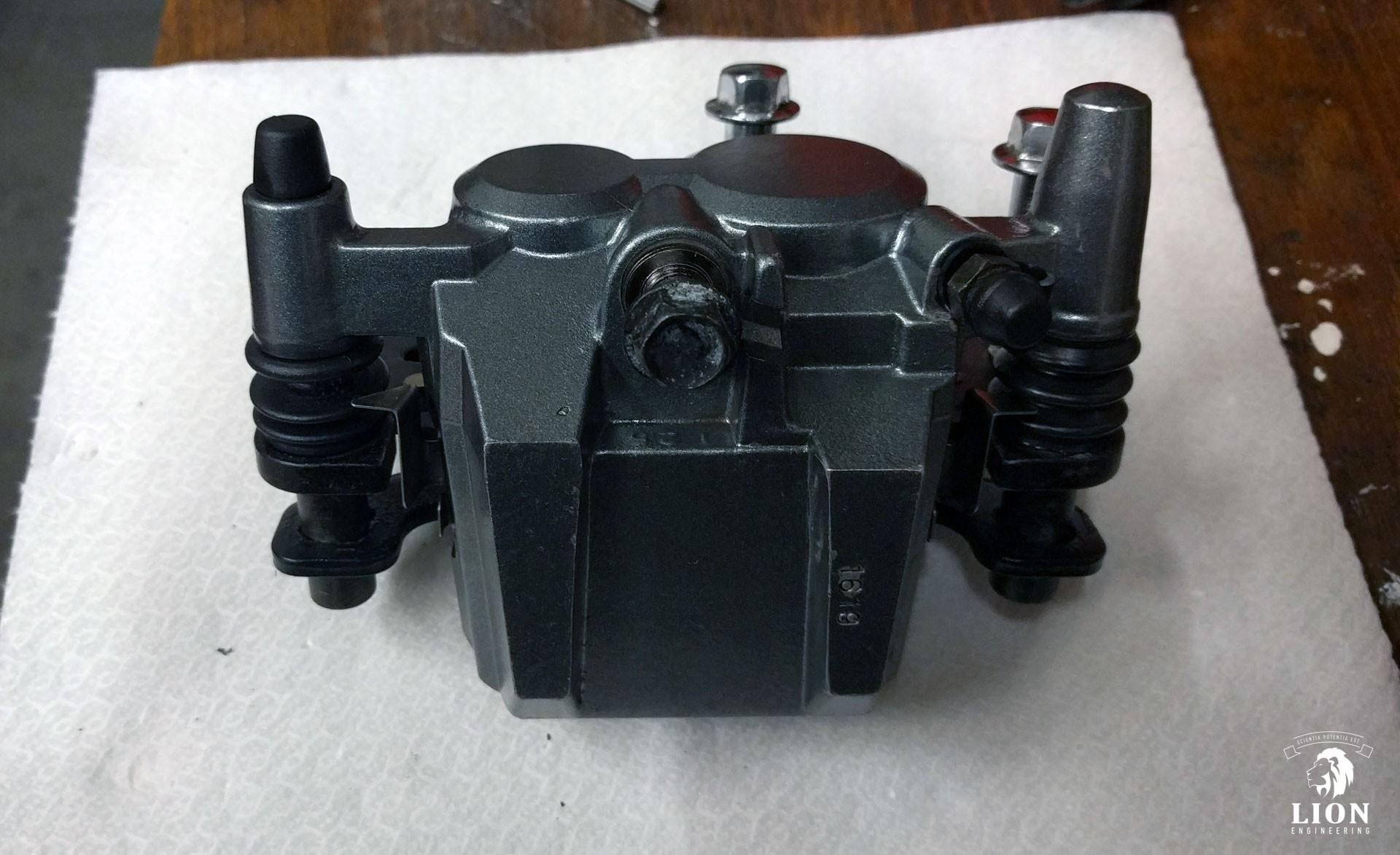Kawasaki ER-5 type 1 remklauw gereviseerd (bowen)